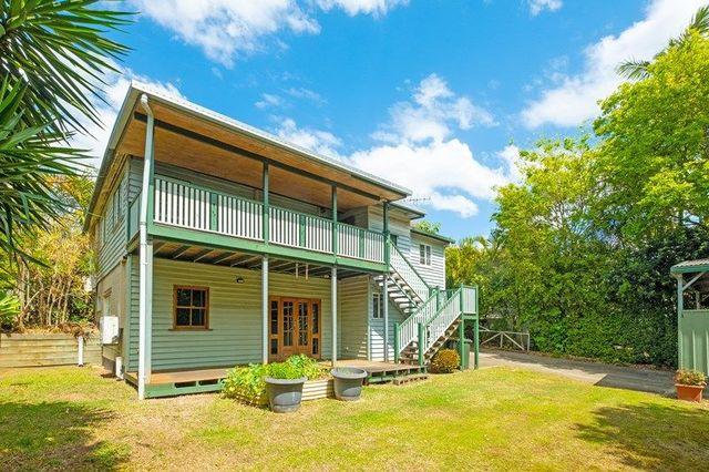 19 Sterculia Avenue, Holland Park West QLD 4121