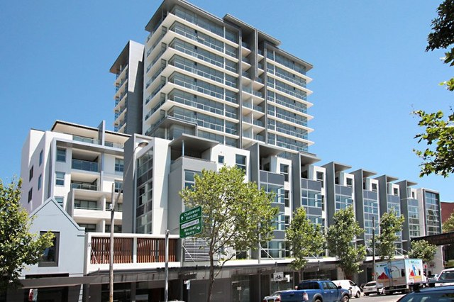 R310/200 - 220 Pacific Highway, Crows Nest NSW 2065