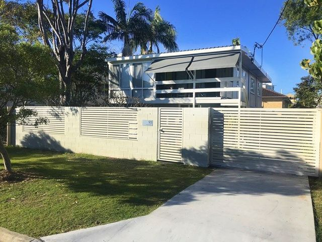 Unit 2/93 Petrel Avenue, Mermaid Beach QLD 4218