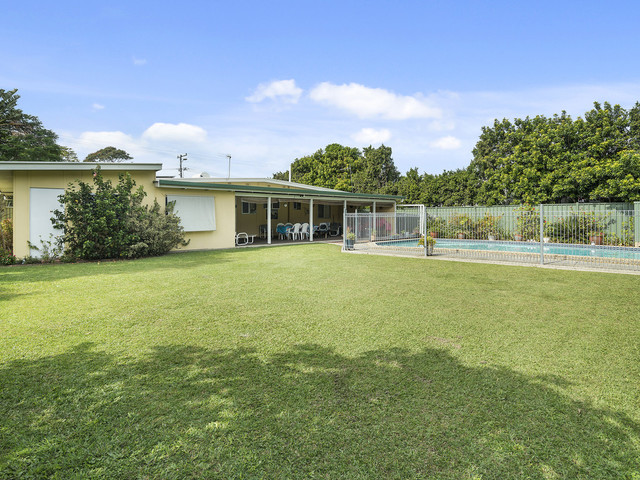 25 Currumbin Creek Road, Currumbin Waters QLD 4223