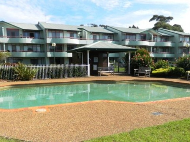 19/1A Mitchell Parade, Mollymook Beach NSW 2539