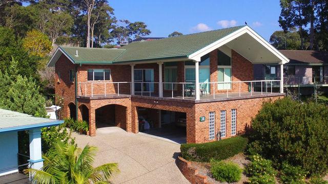 38 Warbler Cres, North Narooma NSW 2546