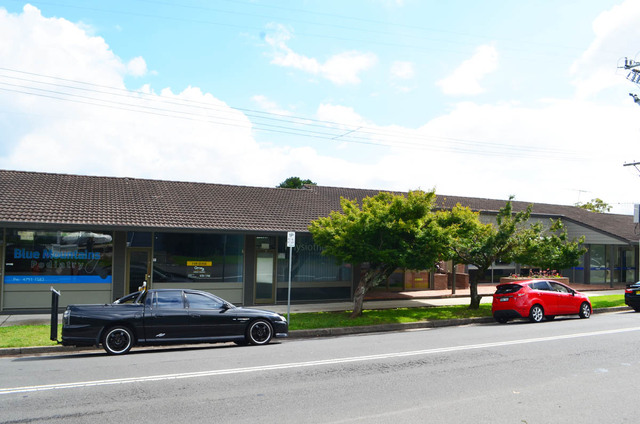Shop 3  15-17 St Georges Cres, Faulconbridge NSW 2776