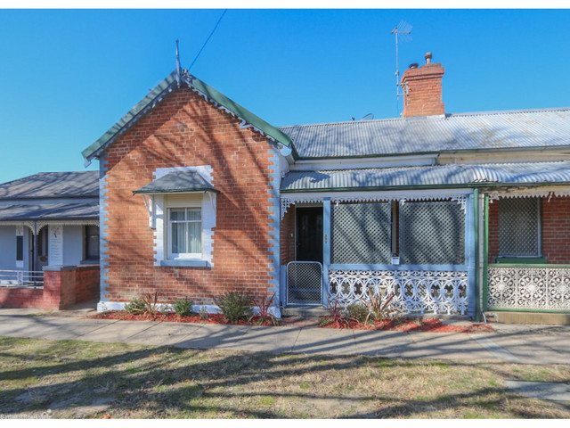 222 Rankin Street, Bathurst NSW 2795