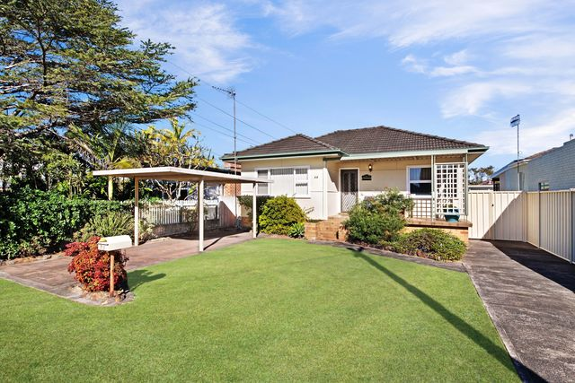 74 Priestman Avenue, Umina Beach NSW 2257