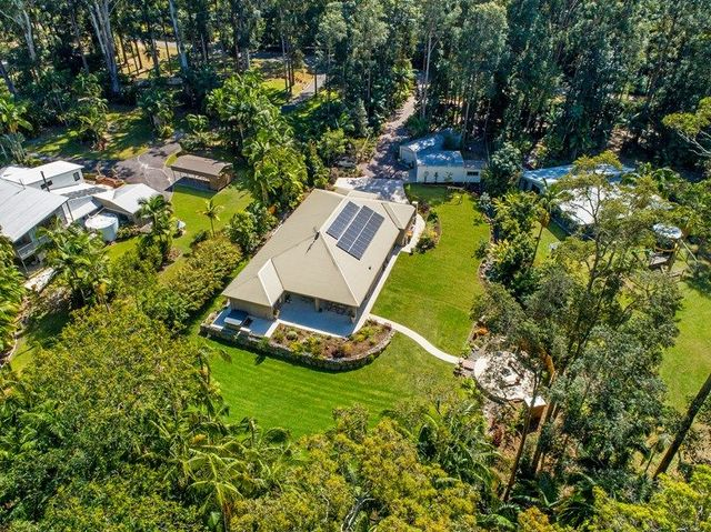 40 De Zen Road, Palmview QLD 4553