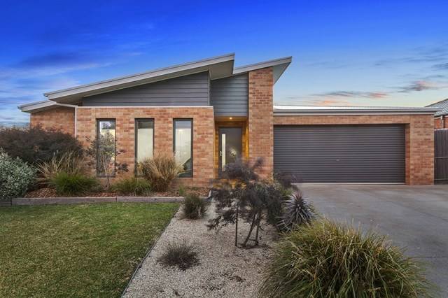 19 Dalkeith Crescent, Ocean Grove VIC 3226
