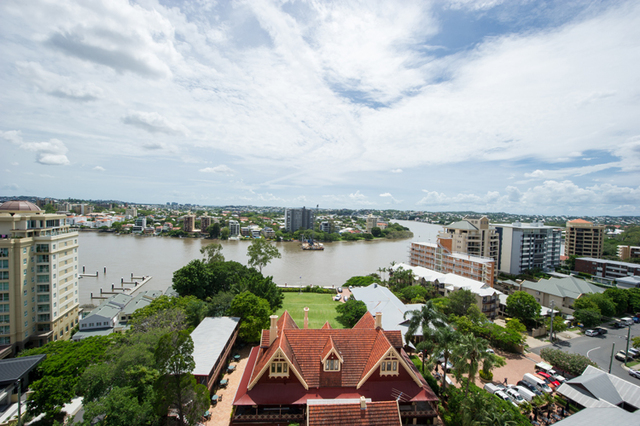 817/9 Castlebar, Kangaroo Point QLD 4169
