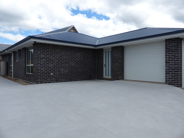 Unit 1 And 2/56 West Barrack Street, Deloraine TAS 7304