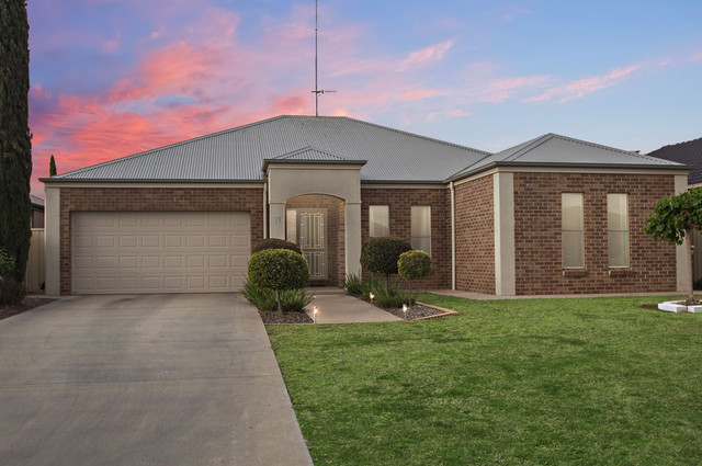19 Hillam Drive, Griffith NSW 2680
