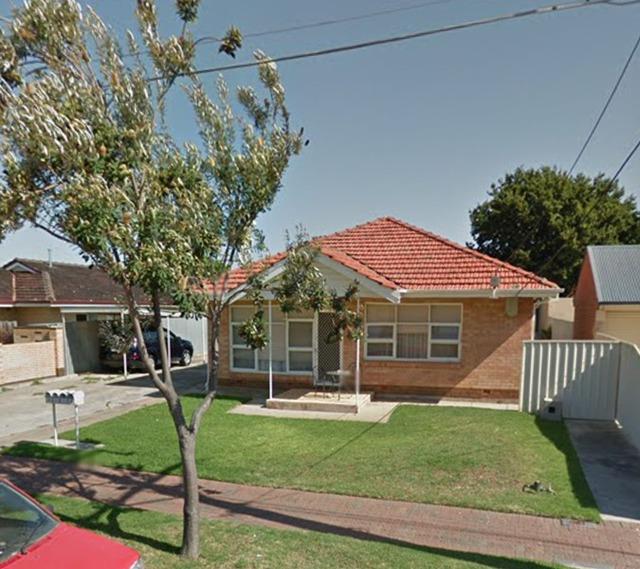 2/24 Hughes Avenue, Henley Beach SA 5022