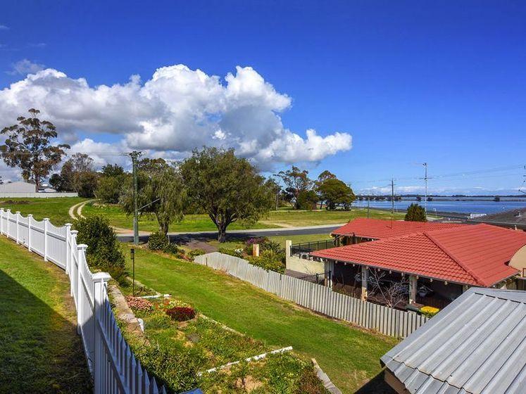 4 Christina Street, Australind WA 6233 - House for Sale