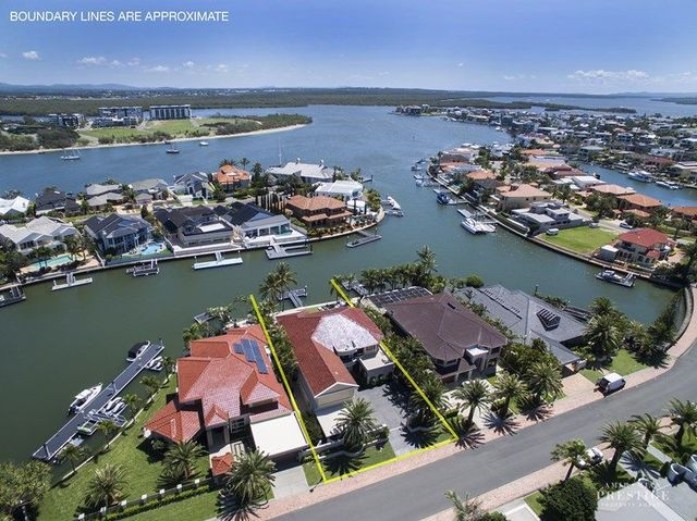 8 The Sovereign Mile, QLD 4216