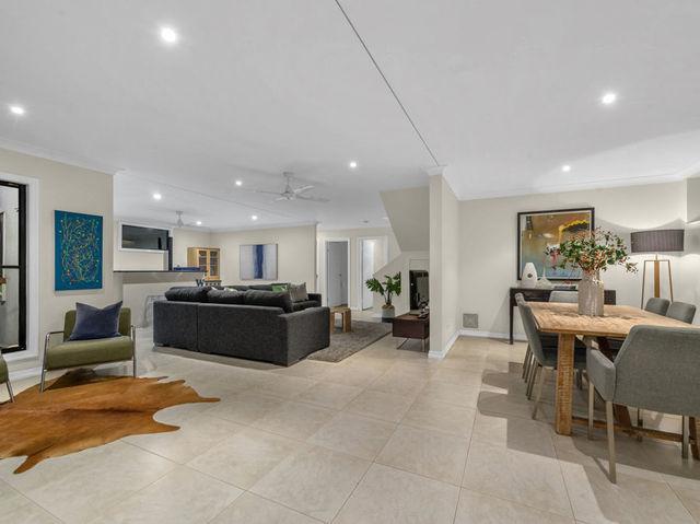 17 Gill Street, QLD 4121