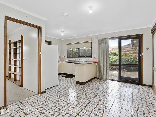 29 East End Crescent, St Albans Park VIC 3219