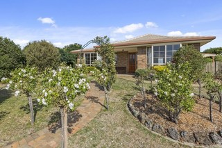 1 Callistemon Court