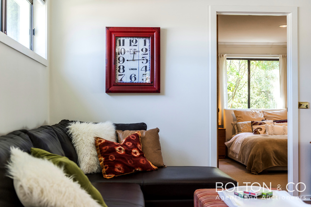 2 Wallis Place, Spence ACT 2615