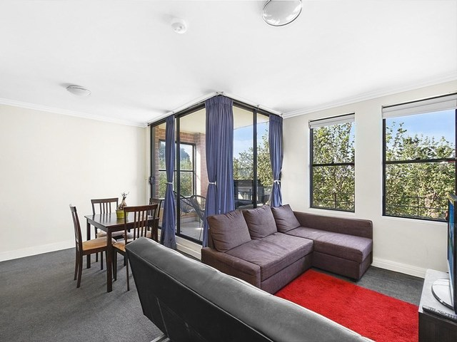 68/236 Pacific Highway, Crows Nest NSW 2065