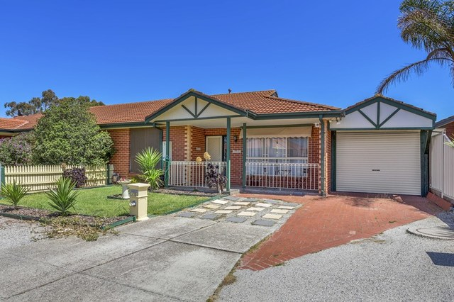 2/104 Willys Avenue, Keilor Downs VIC 3038