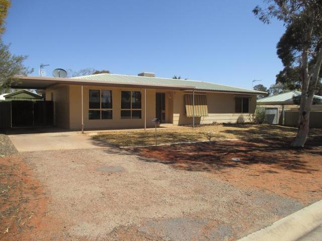 14 Alberrie Street, Roxby Downs SA 5725