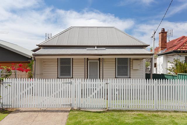 7 Alfred Street, Waratah NSW 2298