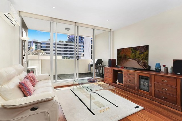 305/30 Wreckyn Street, North Melbourne VIC 3051