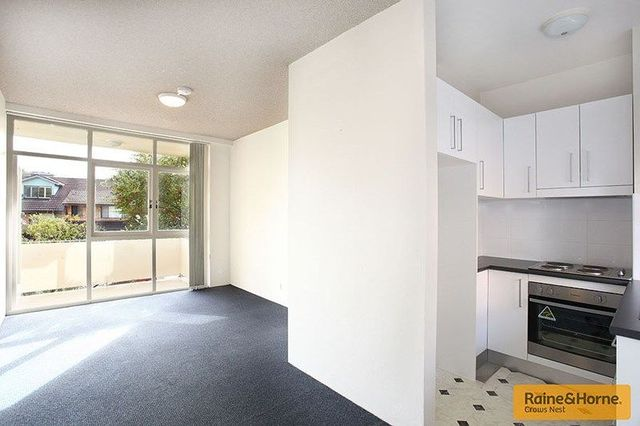 1/26 Carr Street, NSW 2060