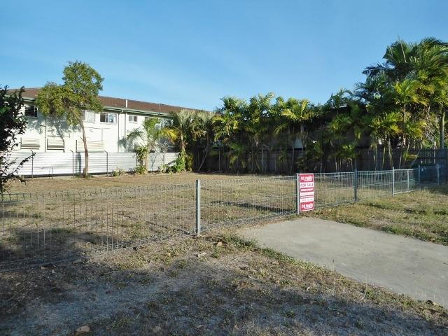 16 Windsor Street, Hermit Park QLD 4812
