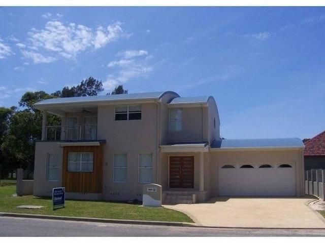 2B St Johns Drive, Croudace Bay NSW 2280