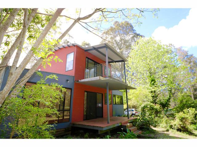 34 Streamside Street, Woollamia NSW 2540