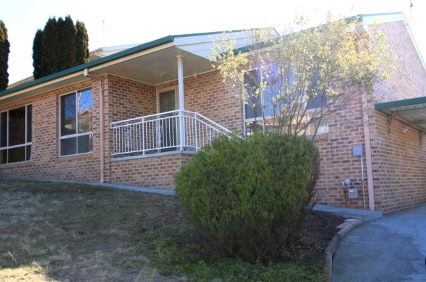 1/4 Marilyn Place, Karabar NSW 2620