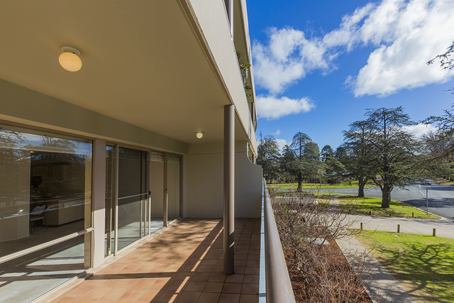 B2/2 Currie Crescent, Griffith ACT 2603