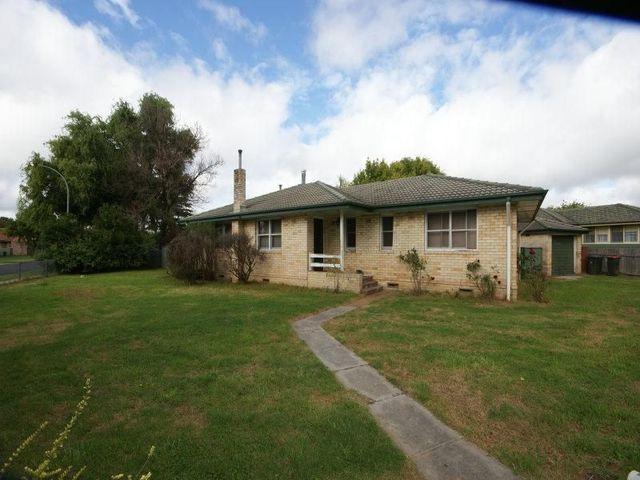 20 Claude Street, Armidale NSW 2350