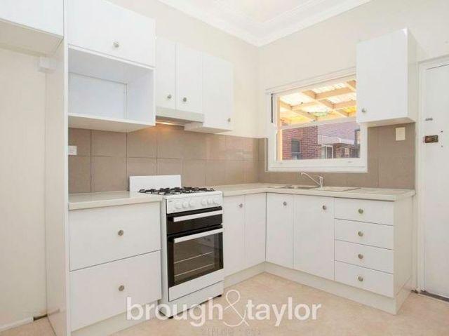 2/9 Alma Street, NSW 2131
