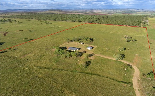 92 Warfield Road, Allora QLD 4362