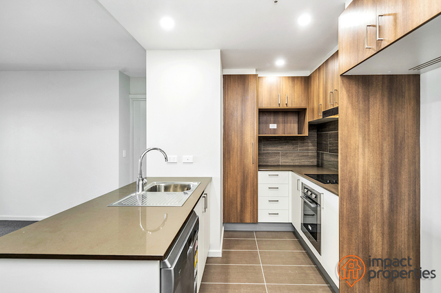210 / 325 Anketell Street, Greenway ACT 2900