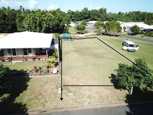 4 Sandy Close, QLD 4852