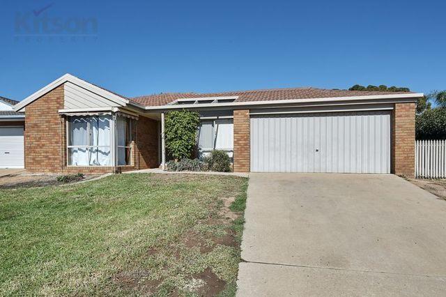 15 Lamilla Street, NSW 2650