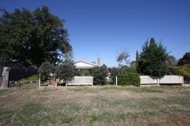 (no street name provided), Clunes VIC 3370