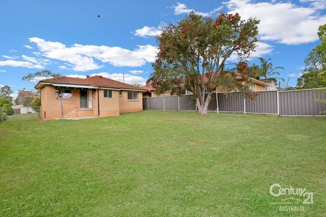 23 Agra Place, NSW 2765