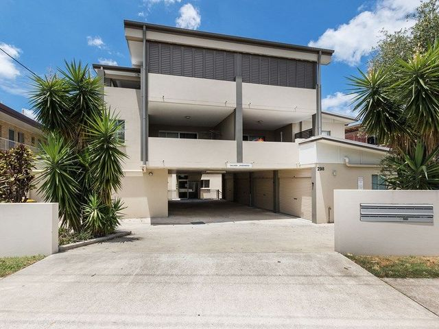 3/298 Cavendish Road, QLD 4151