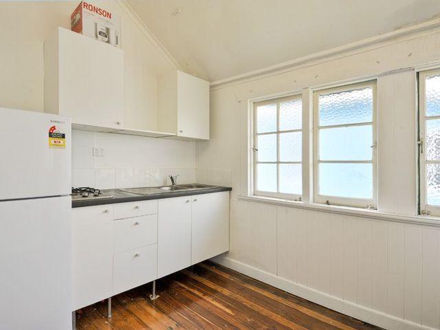 2/274 Enoggera Road, Newmarket QLD 4051
