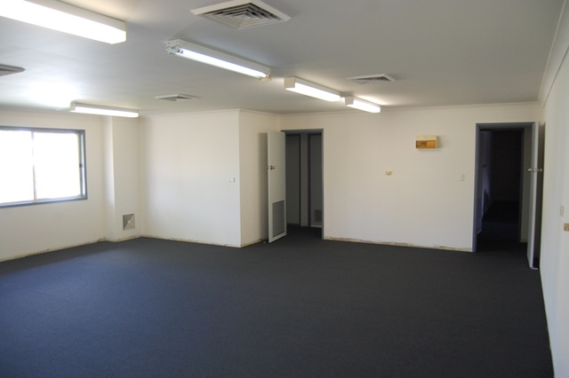 Suite 5/23 Chamberlain Street, Campbelltown NSW 2560