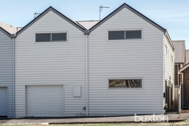 114 Brougham Street, Soldiers Hill VIC 3350