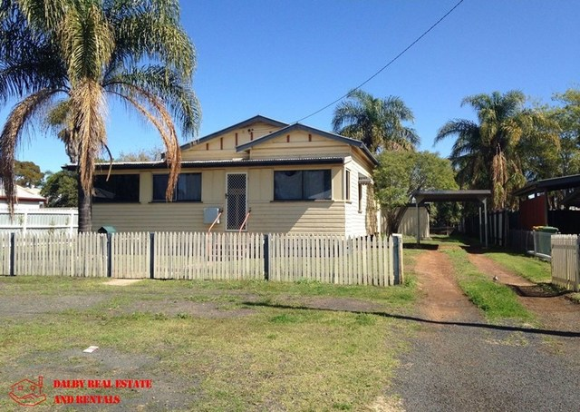 94 Bunya Street, Dalby QLD 4405