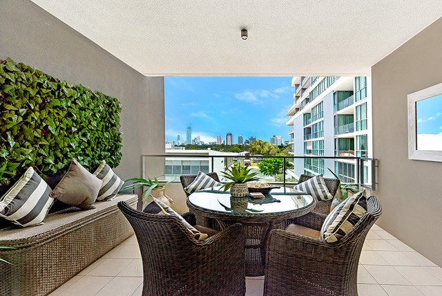 2318 'Freshwater Point' 33 T E Peters Drive, Broadbeach Waters QLD 4218