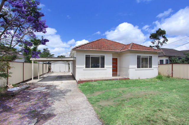 217 Clyde St, Granville NSW 2142