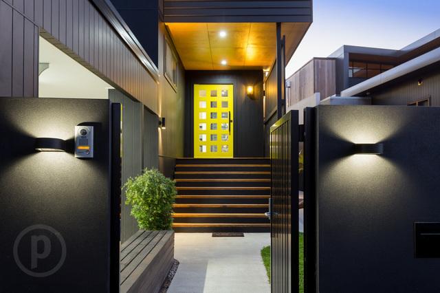 25 Vivian Street, Tennyson QLD 4105
