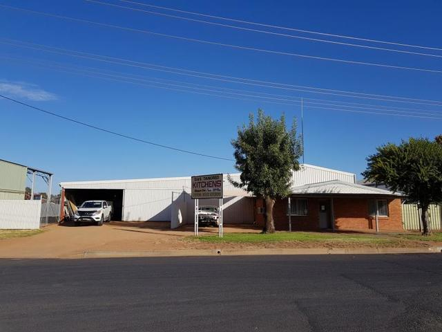 5 Macquarie Drive, Narromine NSW 2821