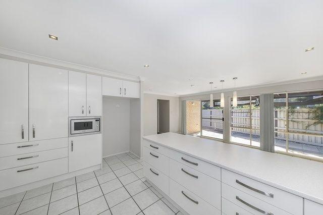 17 Grevillea Place, Bridgeman Downs QLD 4035